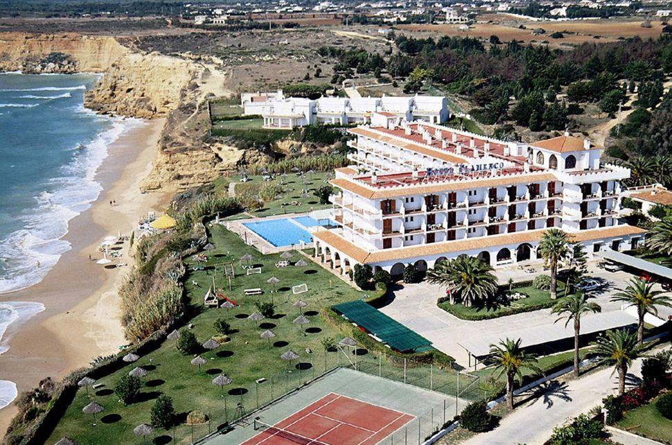 Hotel flamenco conil hoteles con encanto hoteles con - Hoteles con encanto en tarifa ...