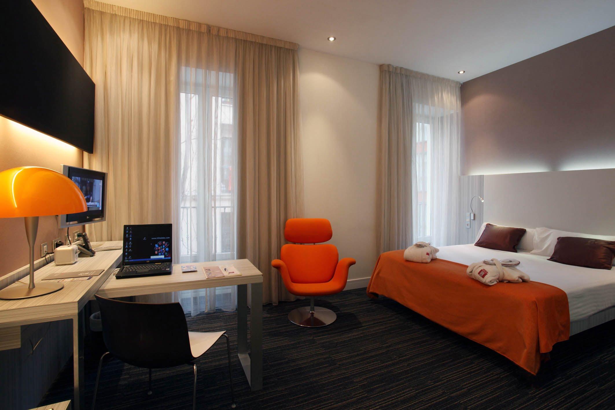 Hotel petit palace embassy en madrid hoteles con encanto for Hoteles encanto madrid